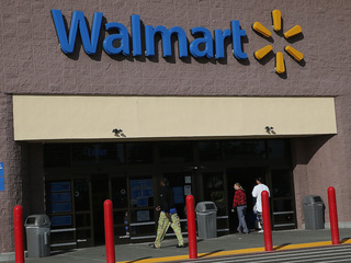 Wal-Mart announces 2015 holiday plans