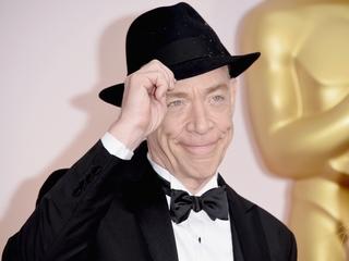 J.K. Simmons' Oscars advice: 'call your mom'