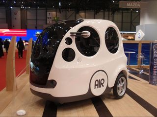 Air car company tries to make a name for itself