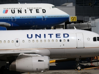United domestic flights grounded temporarily