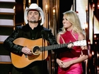 CMA Awards reverses ban on shooting questions