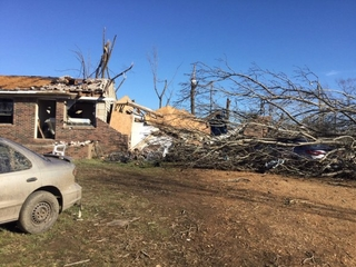 Death toll rises after storms hit the South