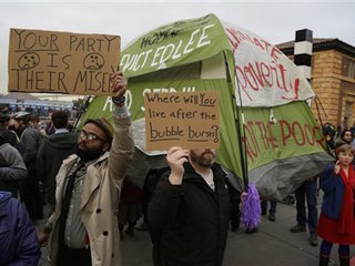 Dozens protest homeless removal from San Fran.