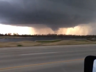 Watch: Raw video of the Tulsa tornado