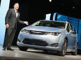Google, Fiat Chrysler to make self-driving vans