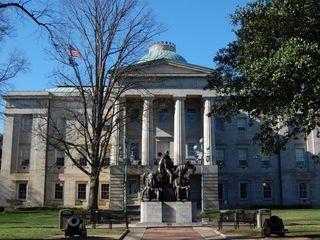 DOJ: N.C.'s HB2 violates Civil Rights Act