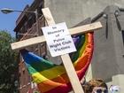 Cincinnati pride parade honors Orlando victims.