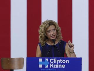Debbie Wasserman Schultz won't gavel DNC