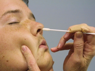 Antibiotic found in noses fights MRSA