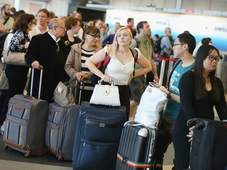 Airlines will refund luggage fees for lost bags