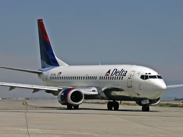 Delta grounds flights due to systems problems; little effect in Lincoln