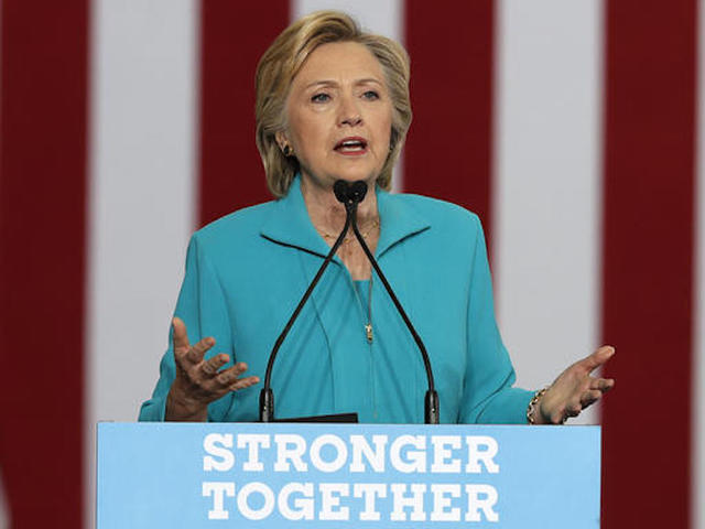 Clinton presents plan on mental health treatment