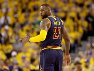 LeBron considering return to US Olympic
