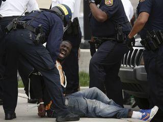 Police orgs recommend de-escalation across US