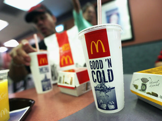 Report: McDonald's cutting drink prices