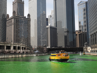 Video: Chicago River turns green for St. Pat's
