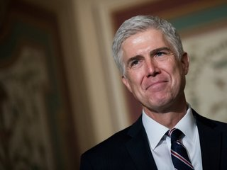 Gorsuch to speak at Trump hotel